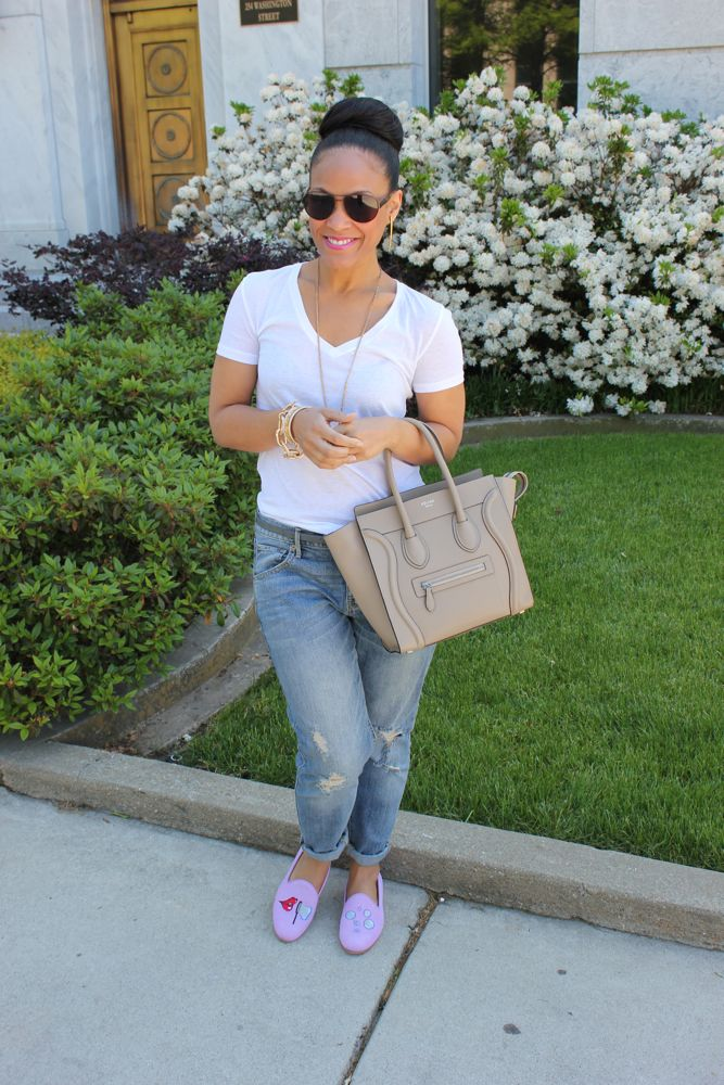 White Tee with Boyfriend Jeans 2