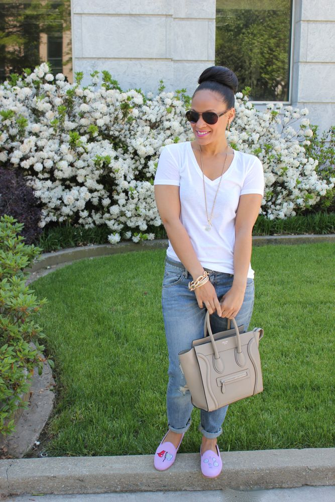White Tee with Boyfriend Jeans 3