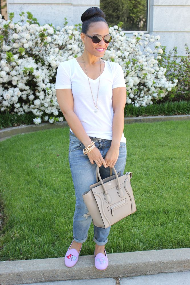 White Tee with Boyfriend Jeans 4