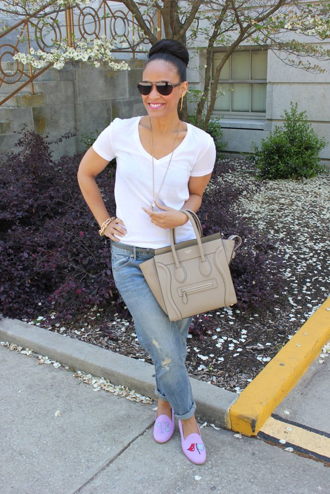 White Tee with Boyfriend Jeans 7
