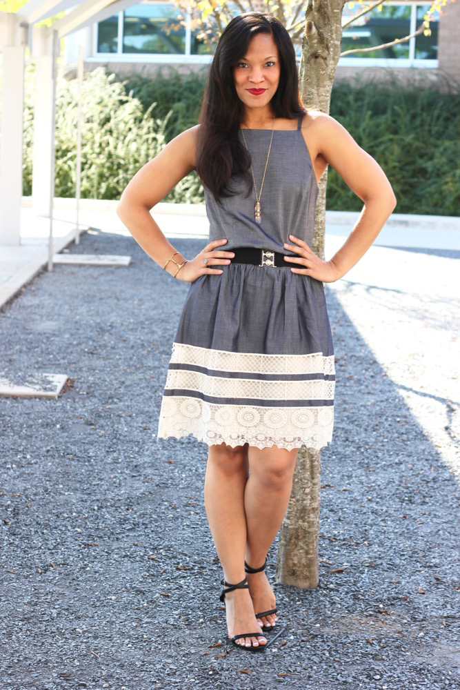Ways to Style a Dress That is Too Big 6