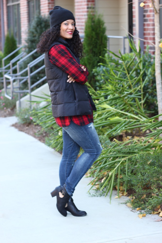 Easy Ways to Wear a Puffer Vest 2