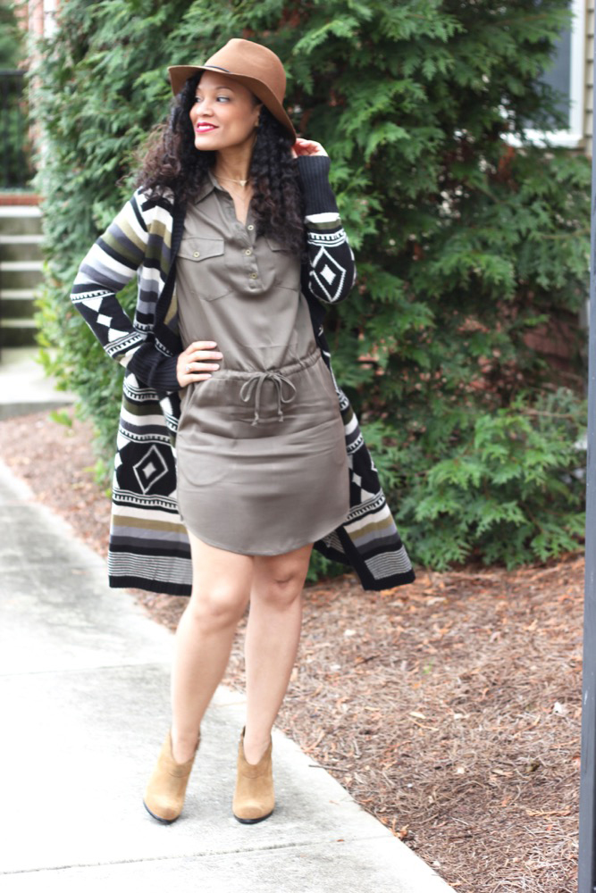 Simple Ways to Spice Up A Shirt Dress 5