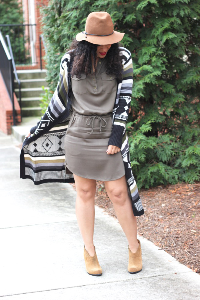 Simple Ways to Spice Up A Shirt Dress 6