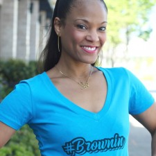 Brownin V-Neck Patois T-Shirt + StushiGal Style T-Shirt Collection