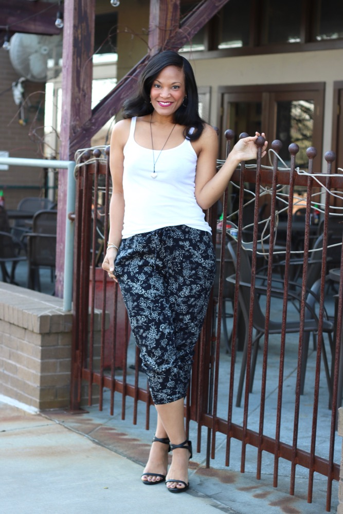 Easy Ways to Wear Floral Pants